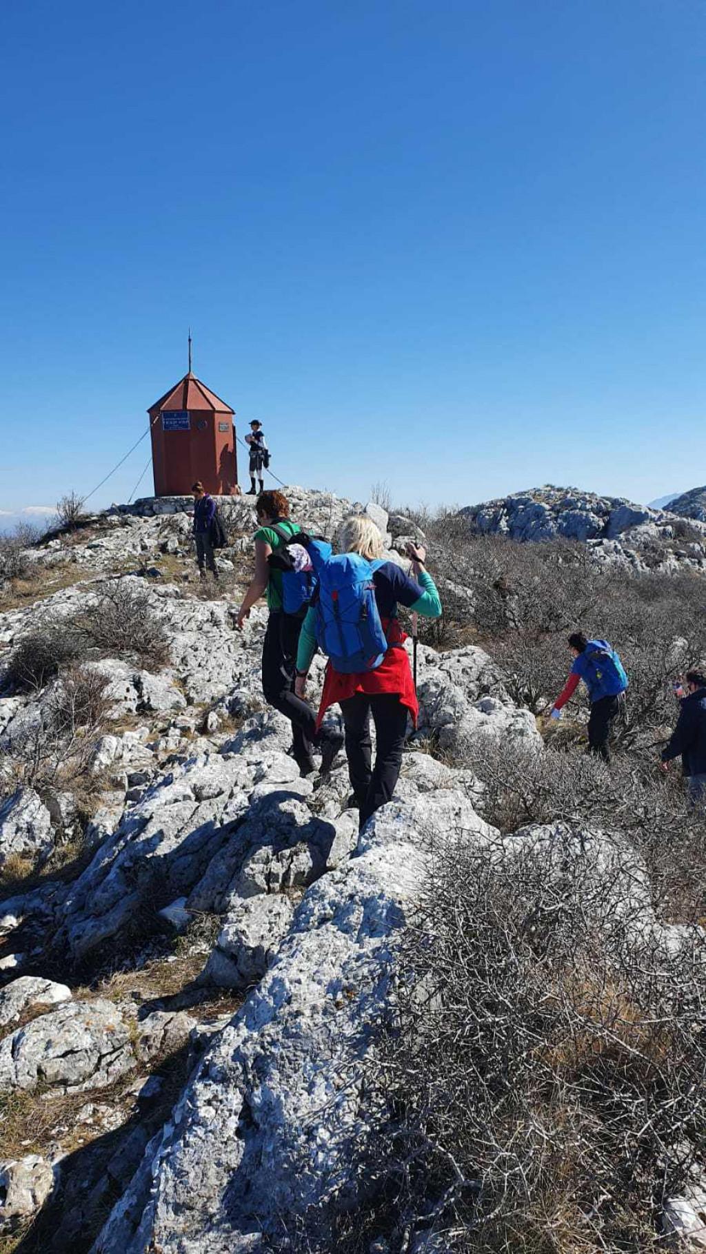 100 žena na vrhu Mosora