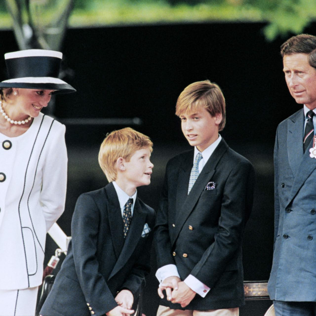 19. kolovoza 1995.: princeza Diana, Harry i William te princ Charles