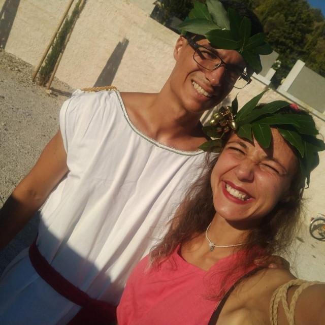 Juan i Eleonora kao Rimljani antičkog Colentuma<br />