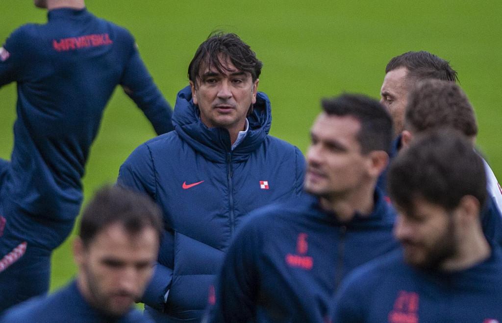 Omis, 151120.<br /> Danas je izbornik Zlatko Dalic na teren stadiona u Omisu na trening izveo reprezentativce Hrvatske koji nisu igrali sinocnju utakmicu u Skotoskoj.<br />