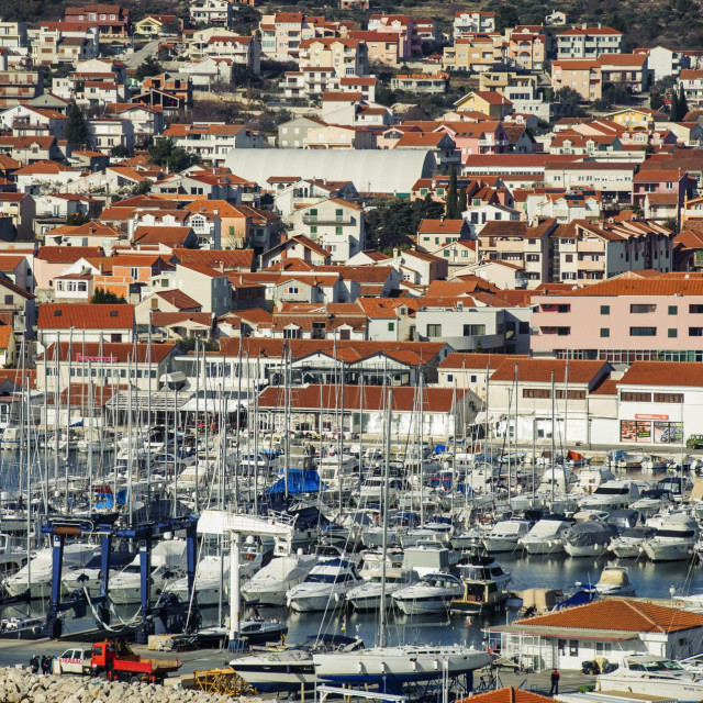 Zbog neizvjesne turističke sezone Vodice će predložiti nastavak pomoći lokalnom gospodarstvu te ukidanje prireza