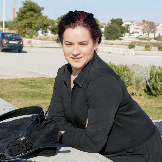 Irena Beader