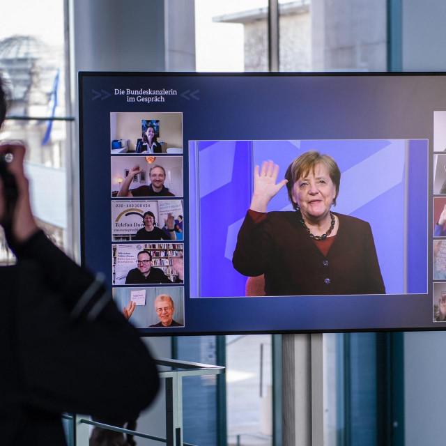 Je li ovo danas uopće Njemačka? – pitaju se mediji diljem kontinenta komentirajući potpunu smušenost i epidemijsku zbrku u Berlinu