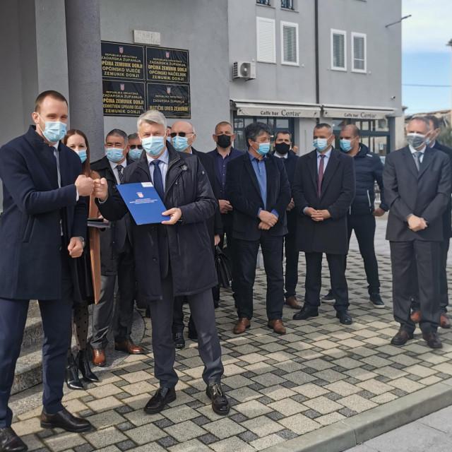 Šime Erlić u ulozi državnog tajnika podijelio vrijedne ugovore