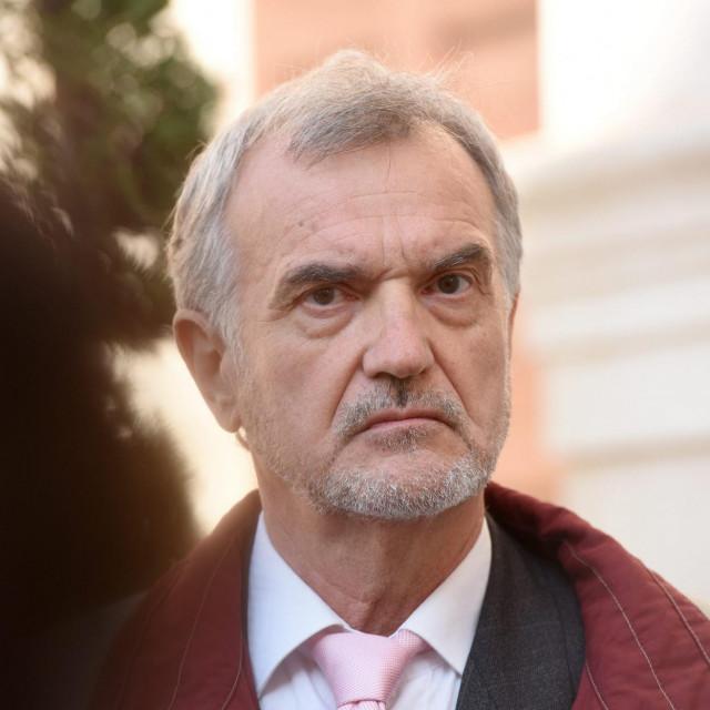 Dr. Denis Bruketa