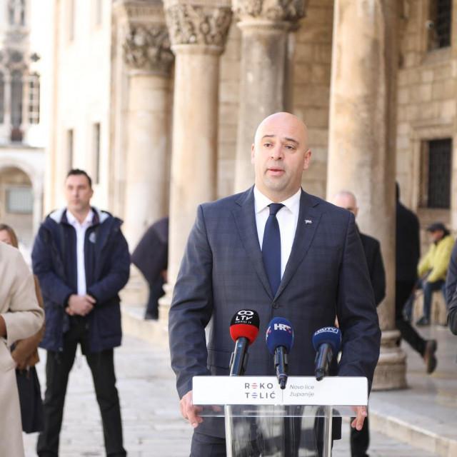 Roko Tolić predstavio je kandidaturu u društvu podupiratelja iz SDP-a i HNS-a