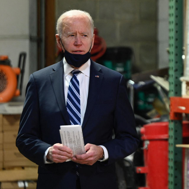 Joe Biden dobro zna da su presice 'sklizak teren', koji je skupu stajao i njegova prethodnika, Donalda Trumpa. Ali, novinare se ipak ne može vječno izbjegavati