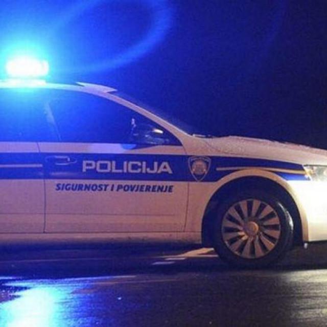 Policija, prometna nesreća