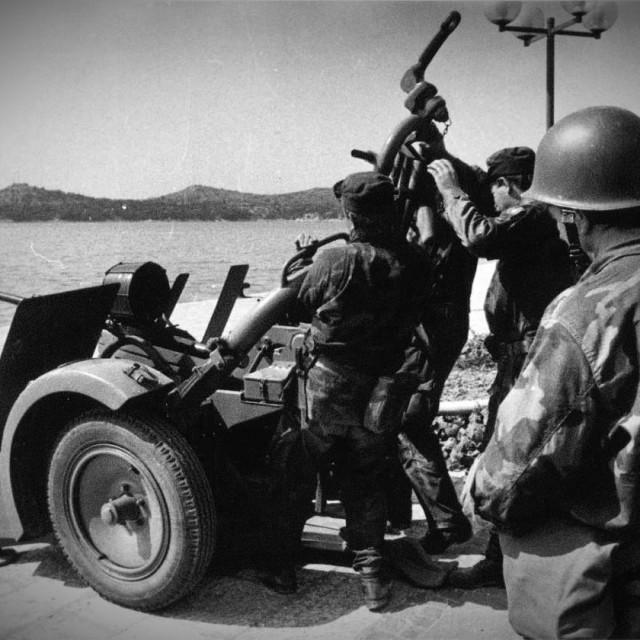 Legendarna vodičkae satnija 113. brigade zaustavila je tenkove JNA na ulazu u Vodice