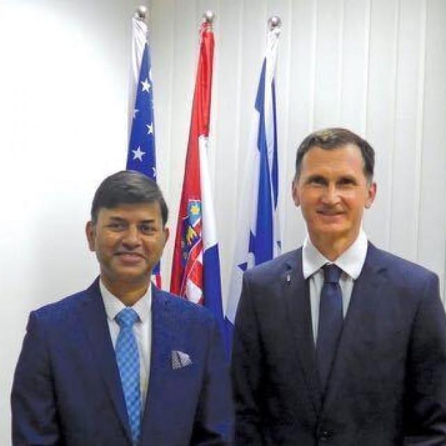 Veleposlanik Indije Raj Srivastava i prof. dr. Dragan Primorac