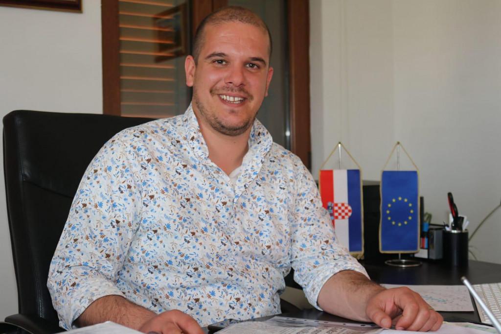 Načelnik Luka Perinić