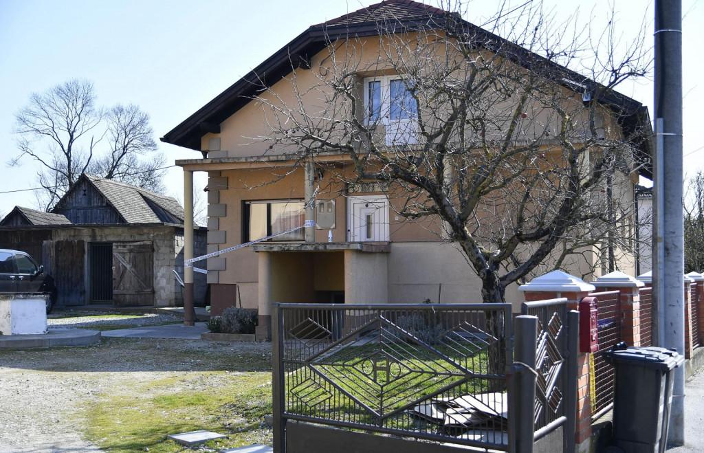 Kuća u zagrebačkom Resniku u kojoj se noćas nakon curenja plina otrovalo sedmero ljudi.<br /> Damir Krajač/CROPIX<br />