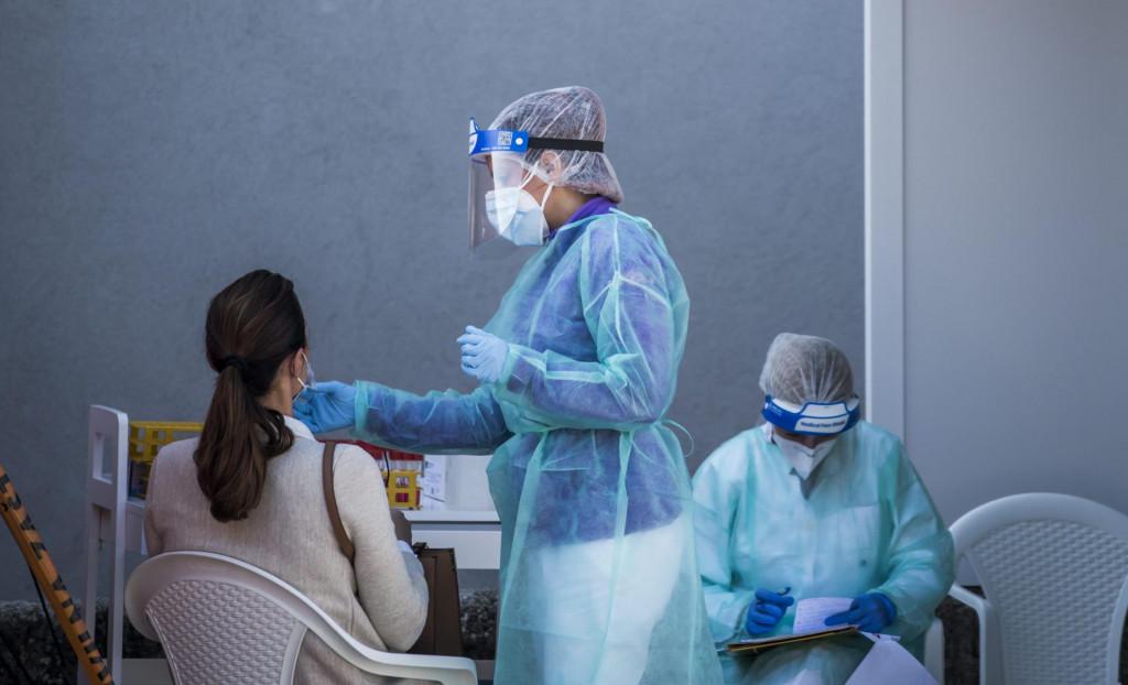 U ponedjeljak je bilo osam novozaraženih osoba, u utorak 65, a u srijedu čak 128 od 272 testiranih, što je 47 posto<br /> Nikolina Vuković Stipaničev/CROPIX