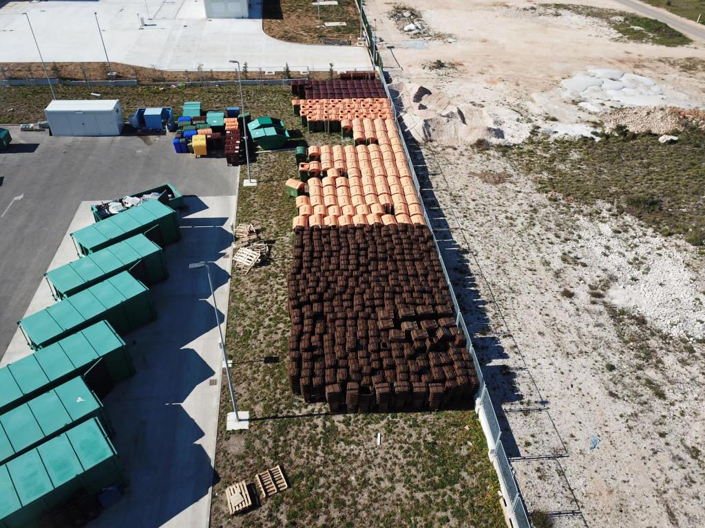 Biograd nabavio pet tisuća novih kanti za prikupljanje otpada
