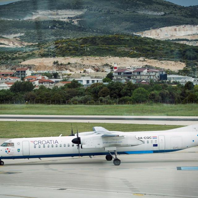 Resnik, 110520.<br /> Nakon sto je 45 dana bila zatvorena za sve putnike, u zracnu luku Split jutros su sletjeli prvi putnici na letu Zagreb - Split.<br />