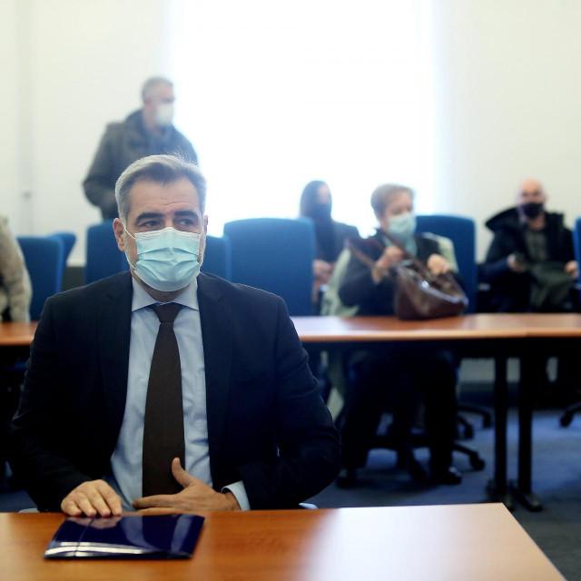 Sudjenje Nadanu Vidoševiću