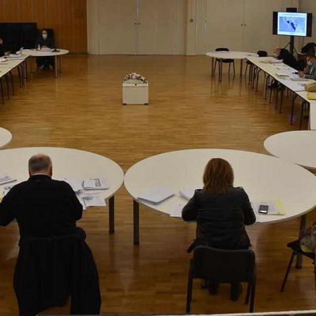 Prekinuta 33. sjednica Gradskog vijeća Grada Ploča
