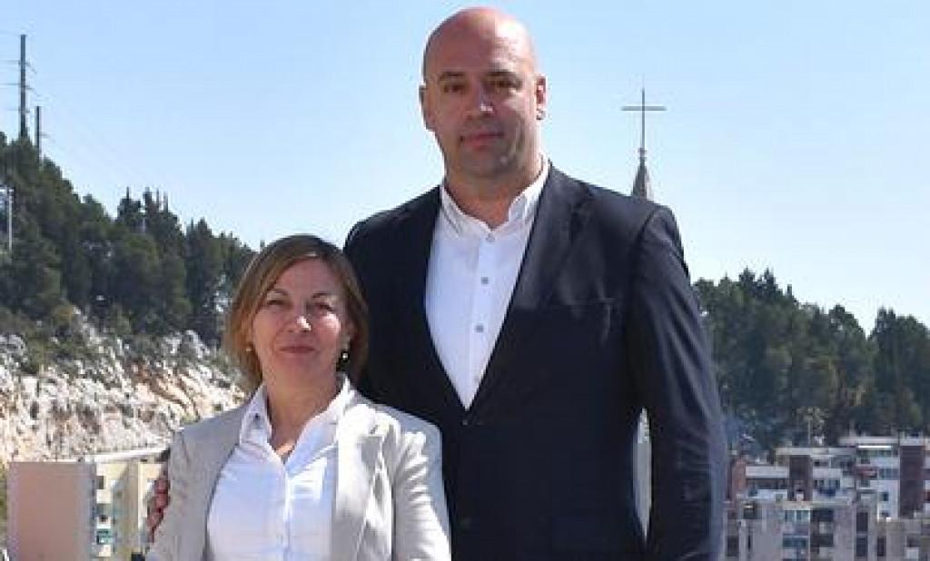 Nzavisni kandidat za Dubrovačko-neretvanskog župana Roko Tolić i kandidatkinja za zamjenicu Maja Erak