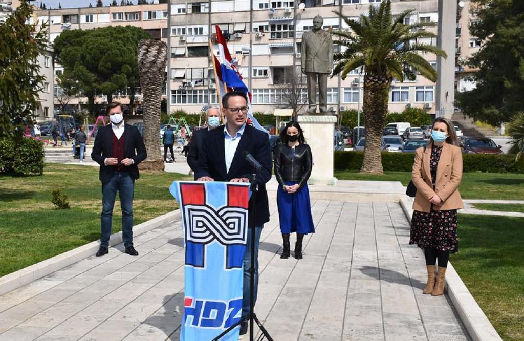 Krešimir Šunjić, kandidat HDZ-a za gradonačlenika Ploča predstavio kandidaturu