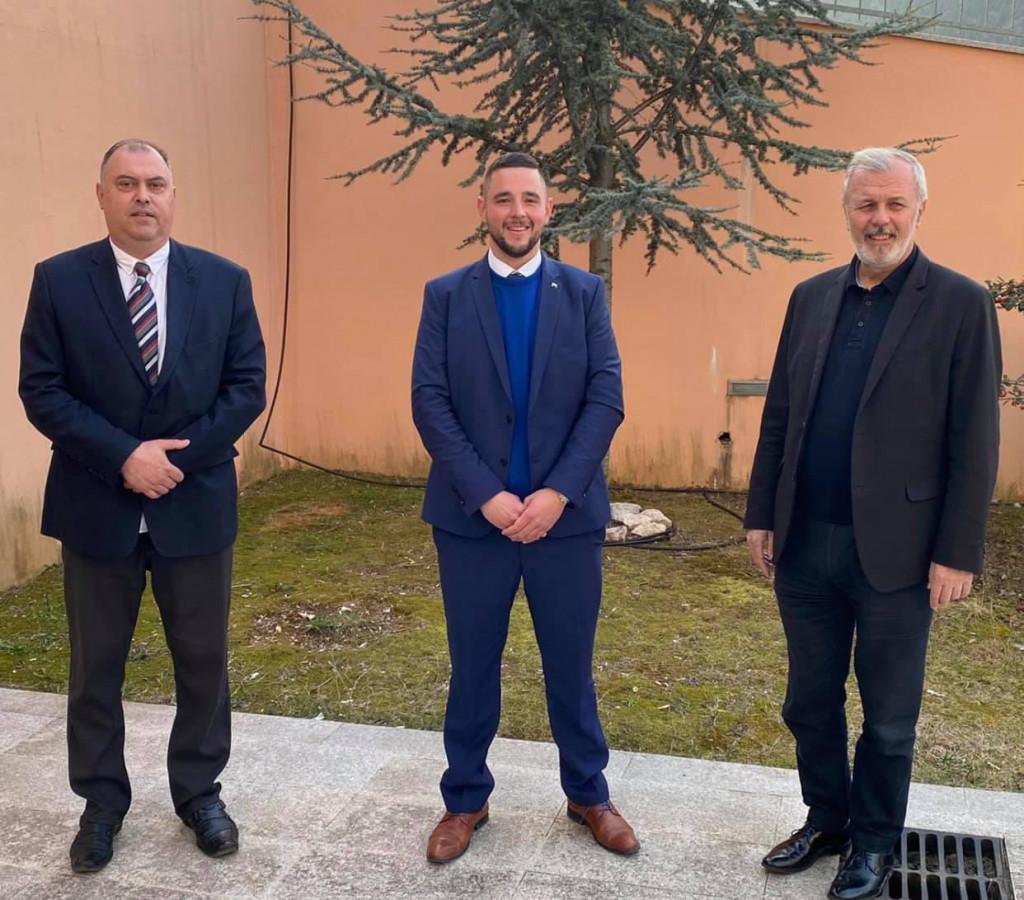 Kandidati Šalinović i Kalajžić s Antom Sanaderom, čelnikom županijskog HDZ-a