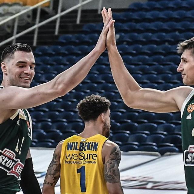Mario Hezonja i Konstantinos Mitoglou, košarkaši Panathinaikosa