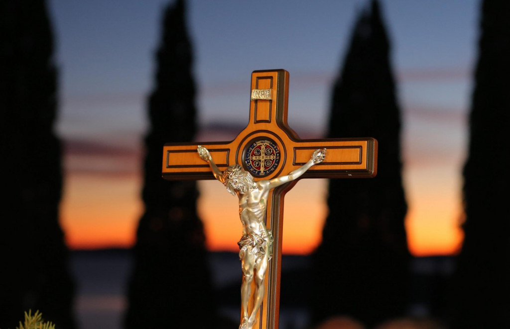 Krist se na Križu solidarizirao s patnjom svih žrtava te molio za oprost svim zločincima<br /> Duje Klarić/CROPIX