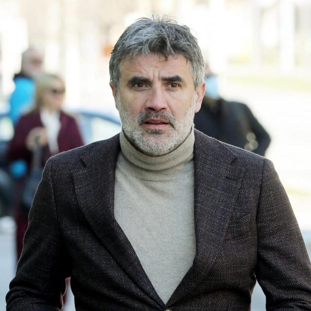 Osijek, 230321.<br /> Na Zupanijskom sudu nastavljeno je sudjenje za izvlacenje novca iz Dinama.<br /> Na fotografiji: Zoran Mamic.<br />