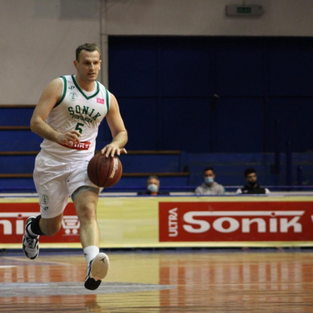 Jakov Vladović u igri, foto Sonik Puntamika