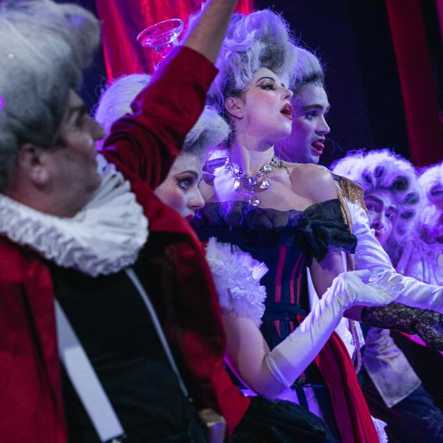 U Kazalištu Marina Držića premijerno je izveden 'Amfitrion'
