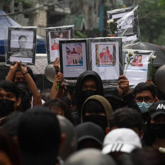 Prosvjednici u Mjanmaru