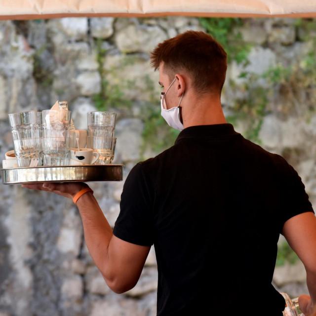 Ove godine imamo 462 nezaposlena konobara u Dubrovačko-neretvanskoj županiji, dok ih je u 2019. bilo 195