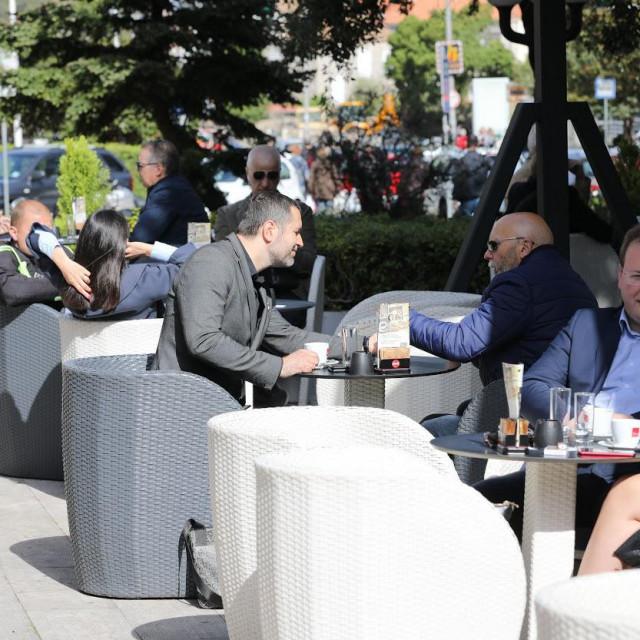 Otvorene terase dubrovačkih kafića
