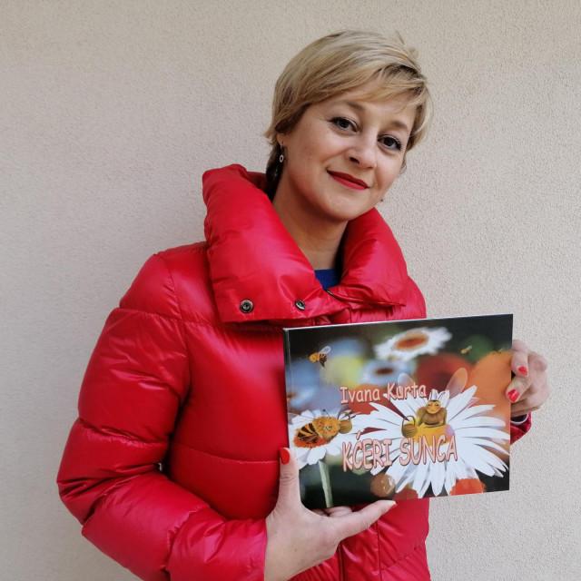 Ivana Kurta - slikovnica o pčelici koja uči djecu o ekologiji