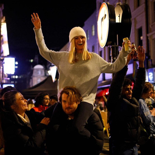 (Photo by Tolga Akmen/AFP)