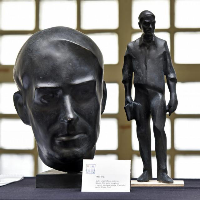 Izložba natječajnih radova za spomenik Tonču Petrasovu Maroviću