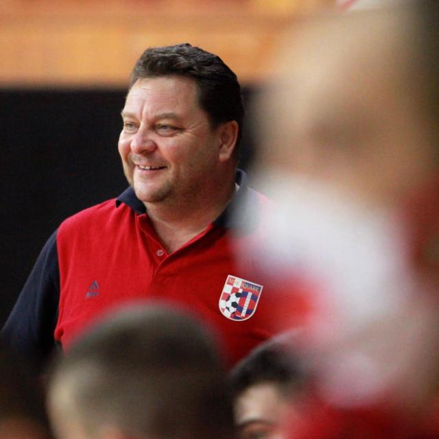 Osmijeh na licu Hansa Matića, trenera Squarea