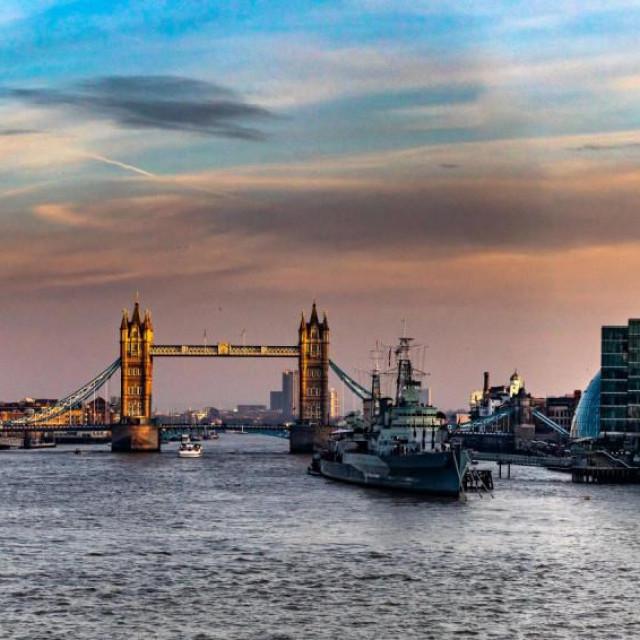 LONDON NA UDARU