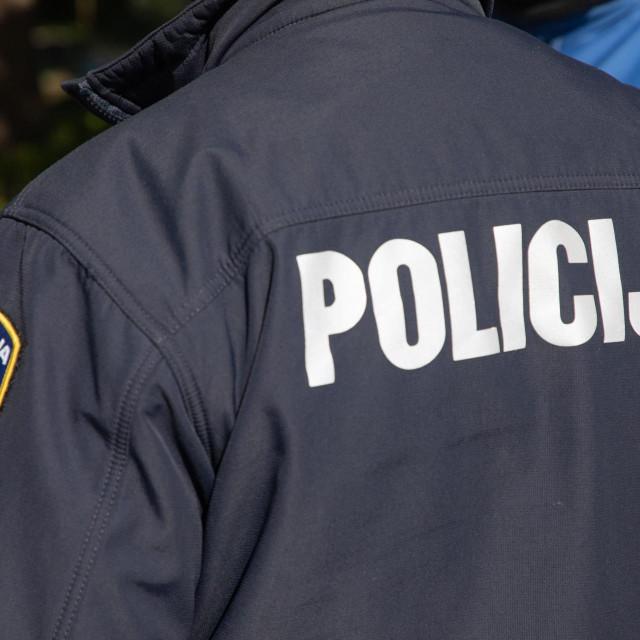 Policija je popodne intervenirala u Uvali Lapad<br />