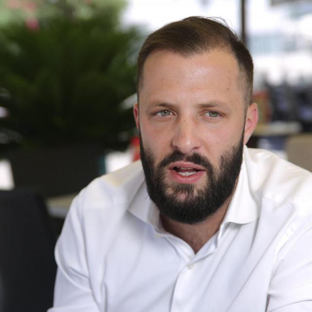 <br /> Lijecnik, kirurg i gradonacelnik Ploča dr Mišo Krstičević<br />