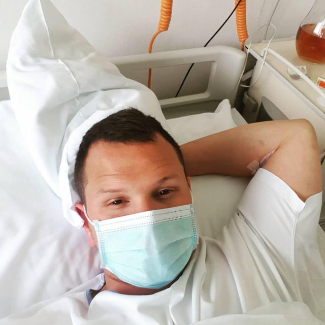 Mihovil Španja u bolnici