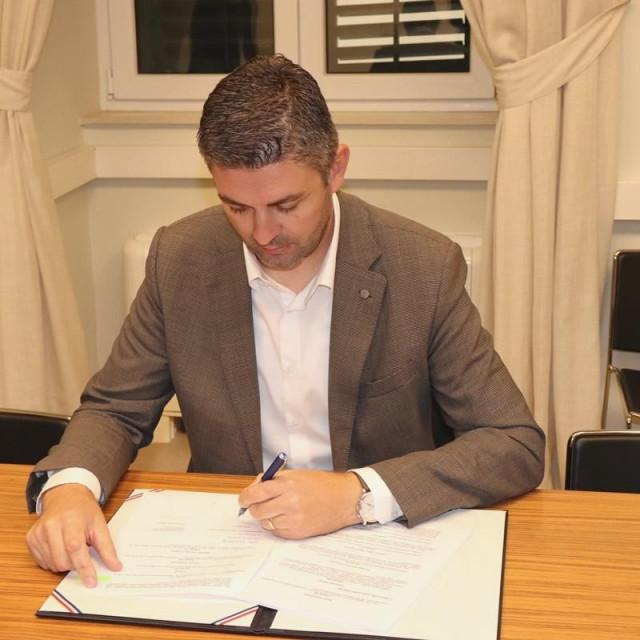 Franković potpisao Kolektivni ugovor za zaposlene u kulturi
