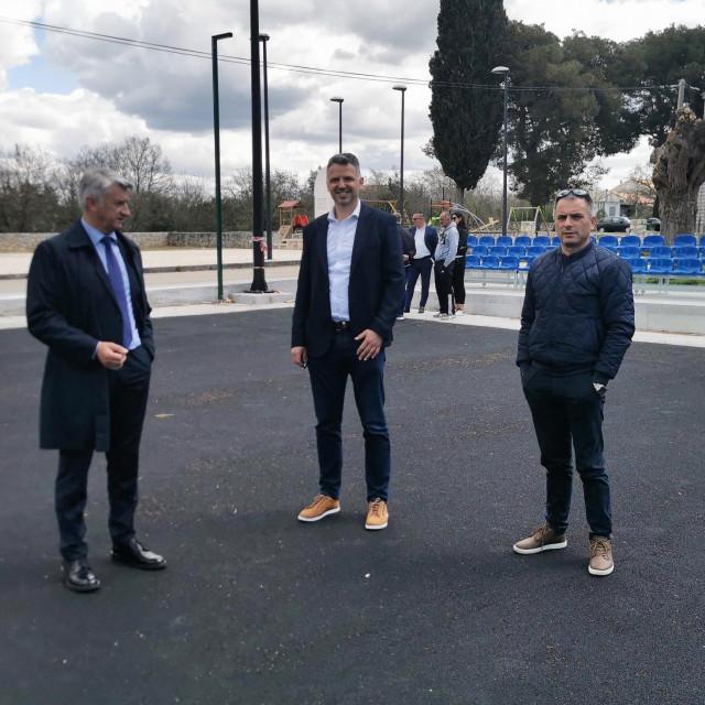 Župan Božidar Longin sa suradnicima posjetio Općinu Galovac