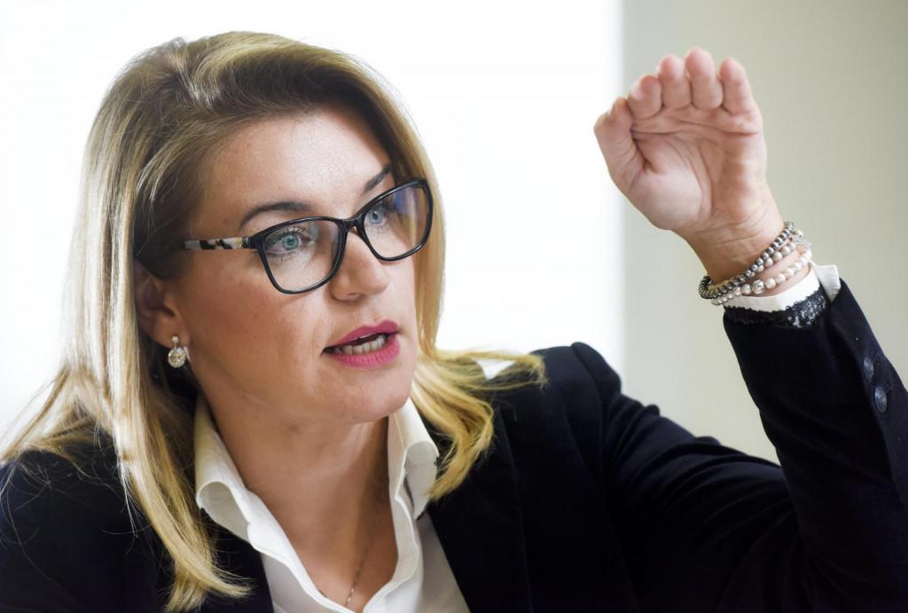 <br /> Nikolina Brnjac, ministrica turizma Republike Hrvatske u Vladi Andreja Plenkovića.<br />