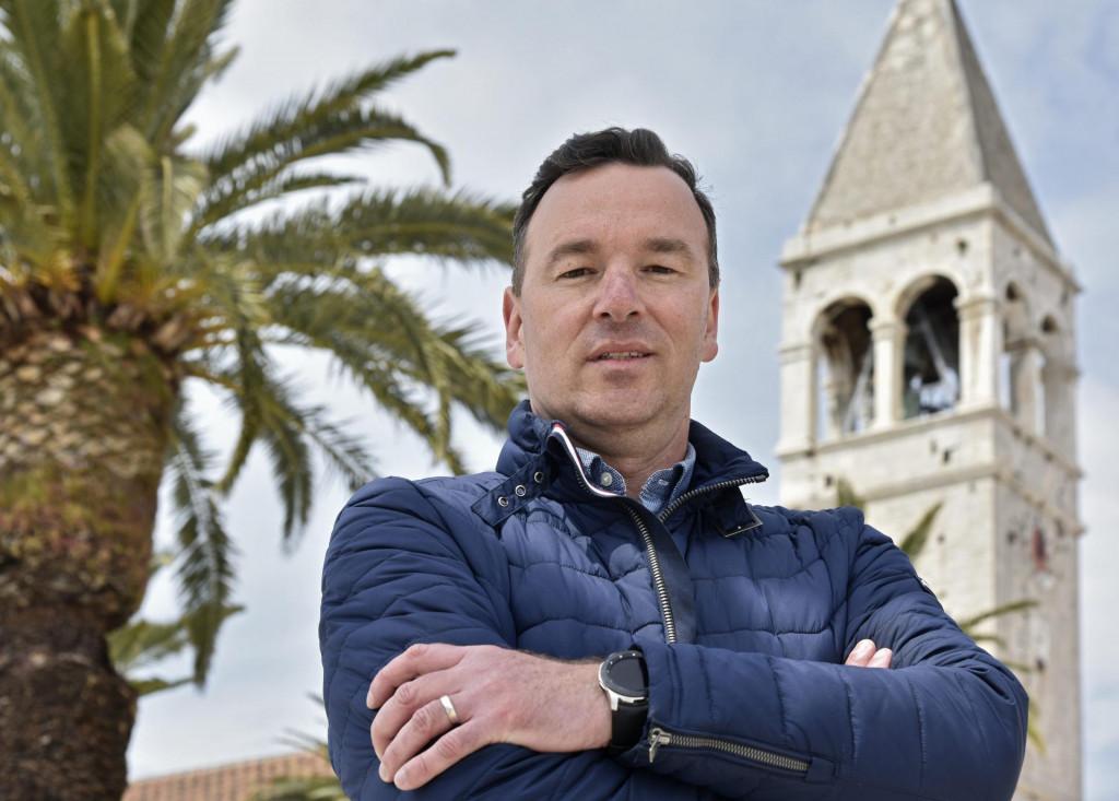 'Po čemu je to Trogir lošiji od Venecije, Firence ili Dubrovnika? Samo je manji i trenutno uspavan', smatra Stojan