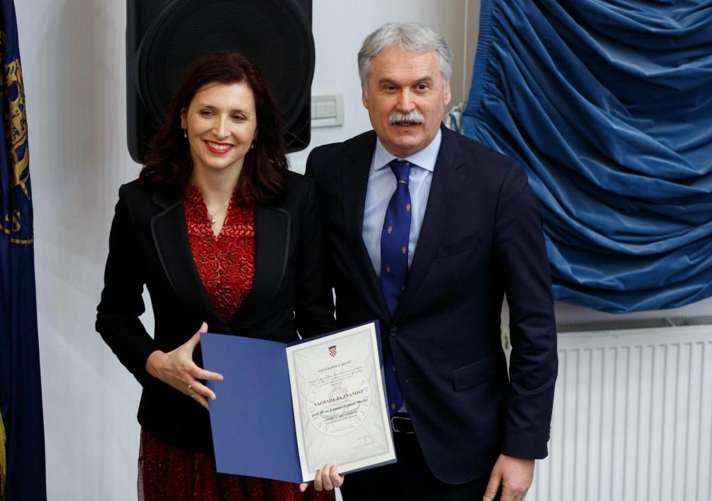 Prorektorica Leandra Vranješ Markić i rektor Dragan Ljutić zahvaljuju svim djelatnicima Sveučilišta