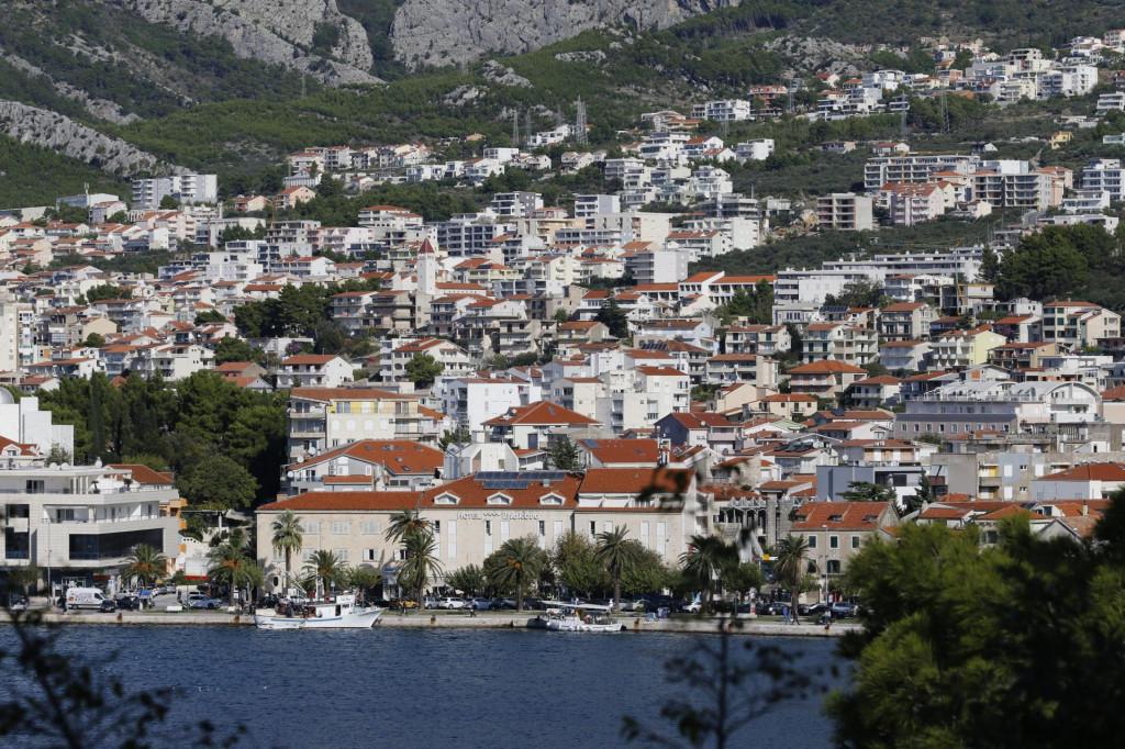 Istražili smo što kandidati za gradonačelnika/gradonačelnicu Makarske imaju od nekretnina i pokretnina