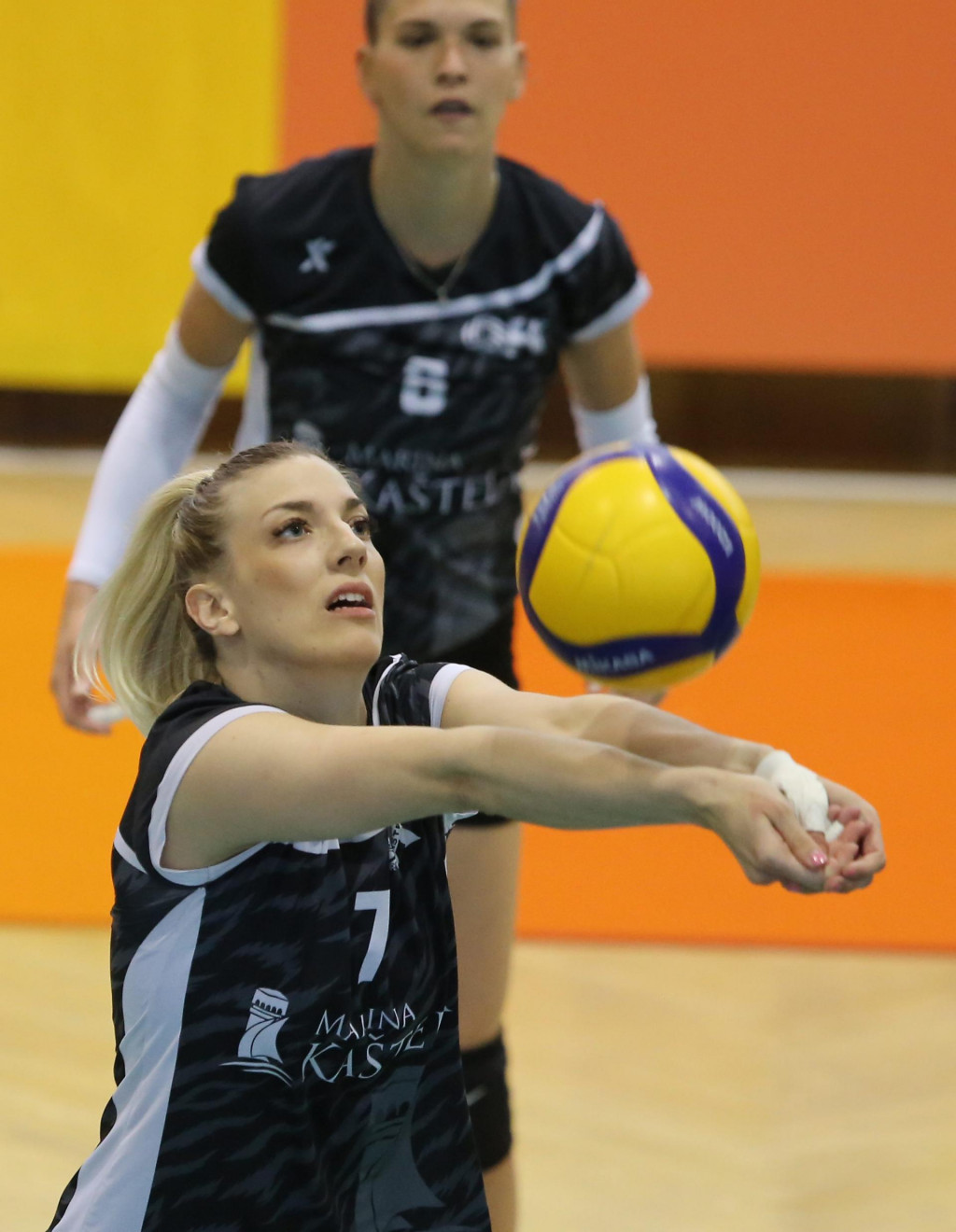 Lara Dežulović, odbojkašica Marina Kaštela