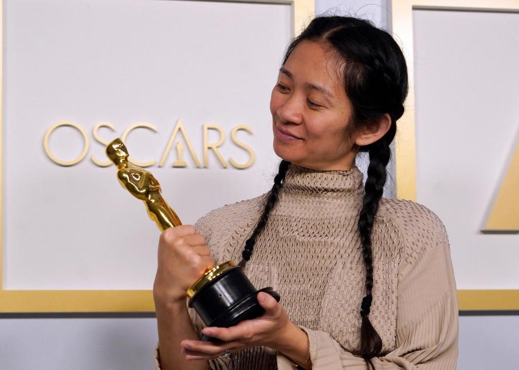 Chloe Zhao s Oscarom za režiju