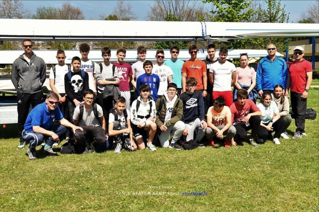 Članovi šibenskog VK 'Krka' nastupili su na Jarunu minulog vikenda