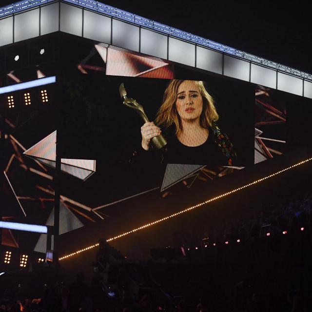Adele snimljena na dodjeli nagrada BRIT Awards 2017. Odonda do danas štošta se promijenilo u njenom životu